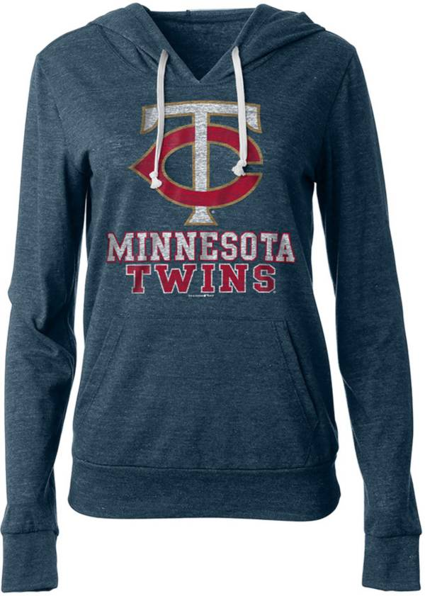 New Era Women's Minnesota Twins Pullover Hoodie product image