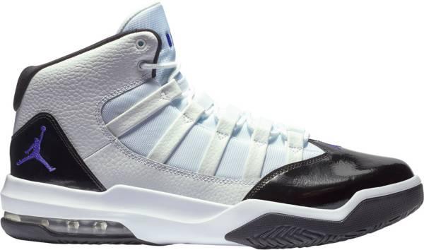 Jordan Max Aura Shoes product image