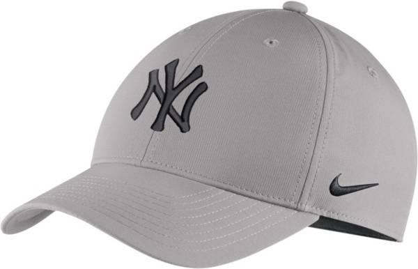 Nike Men's New York Yankees Dri-FIT Legacy 91 Adjustable Hat product image