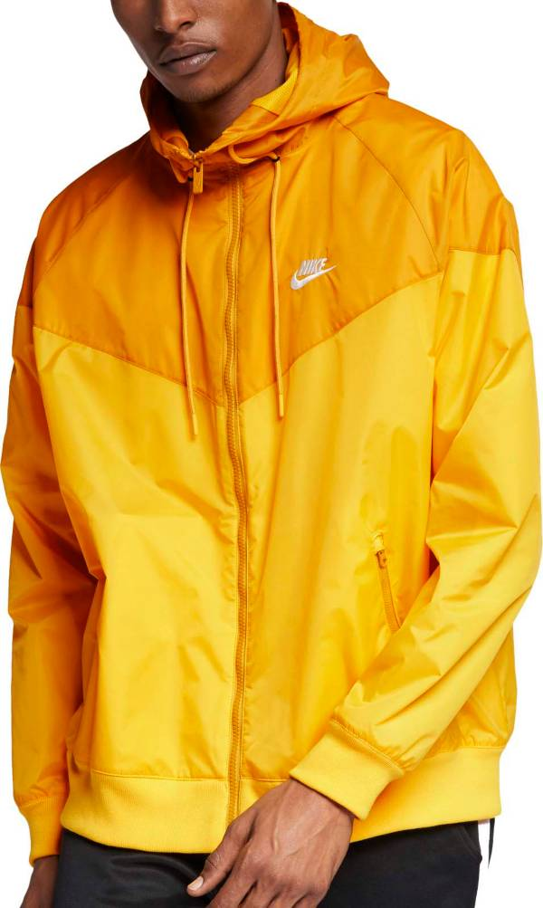 Nike Men's Sportswear 2019 Hooded Windrunner Jacket (Regular and Big & Tall) product image