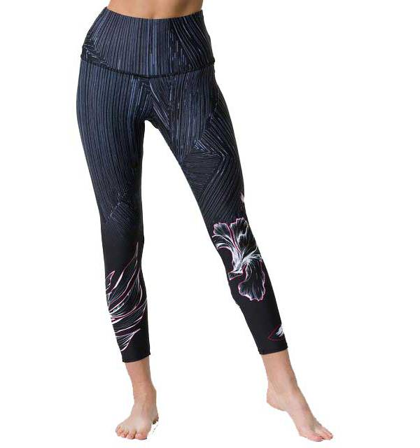 Onzie Women's High Rise Midi 7/8 Leggings product image