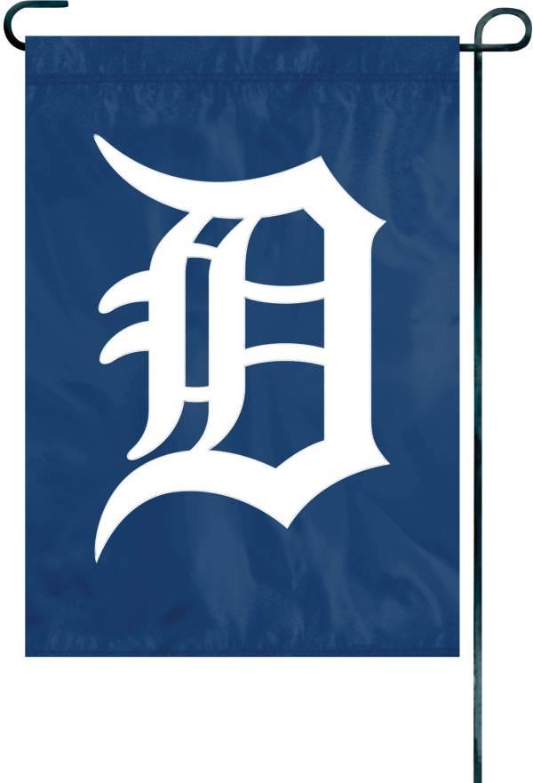 Party Animal Detroit Tigers Premium Garden Flag product image