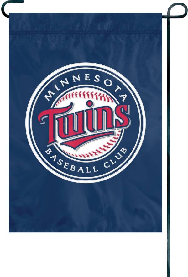 Party Animal Minnesota Twins Premium Garden Flag product image