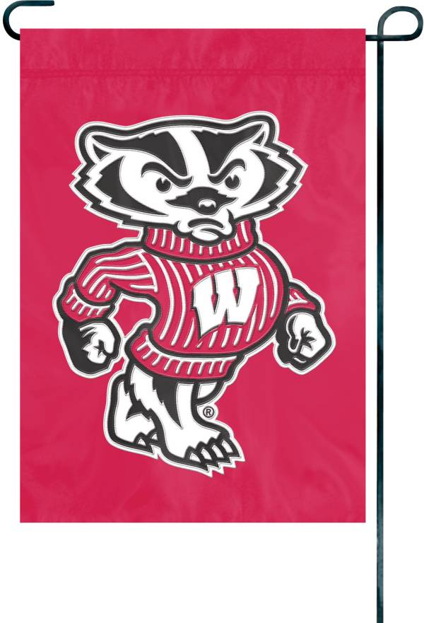 Party Animal Wisconsin Badgers Premium Garden Flag product image