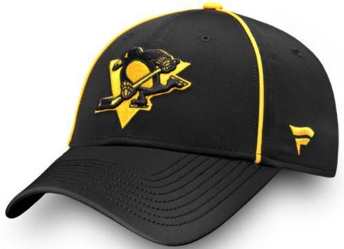 buy popular f7840 b8571 NHL Men s 2019 Stadium Series Pittsburgh Penguins Speed Black Flex Hat.  noImageFound. Previous