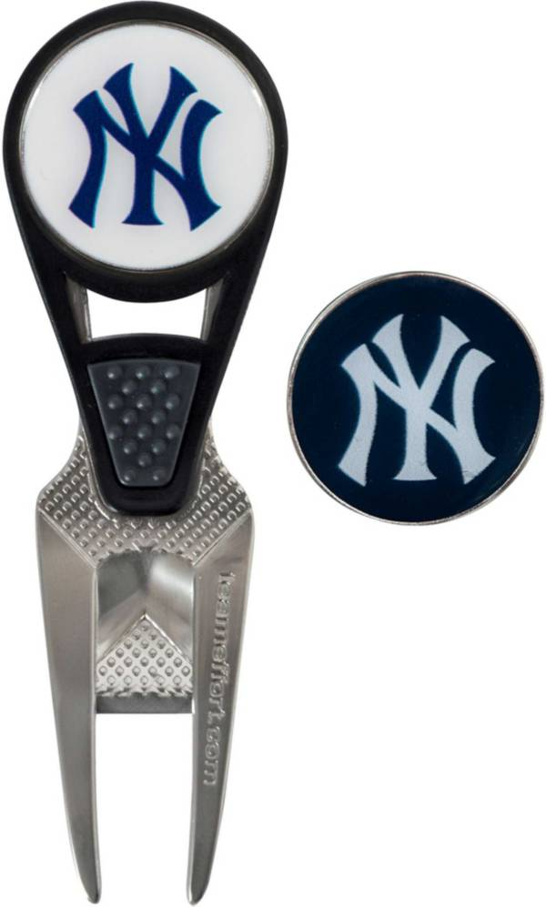 Team Effort New York Yankees CVX Divot Tool and Ball Marker Set product image