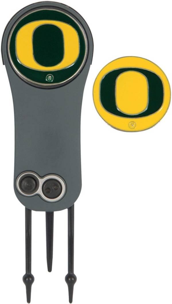 Team Effort Oregon Ducks Switchblade Divot Tool and Ball Marker Set product image