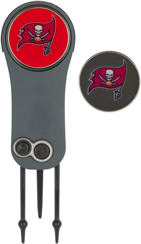 Team Effort Tampa Bay Buccaneers Switchblade Divot Tool and Ball Marker Set product image