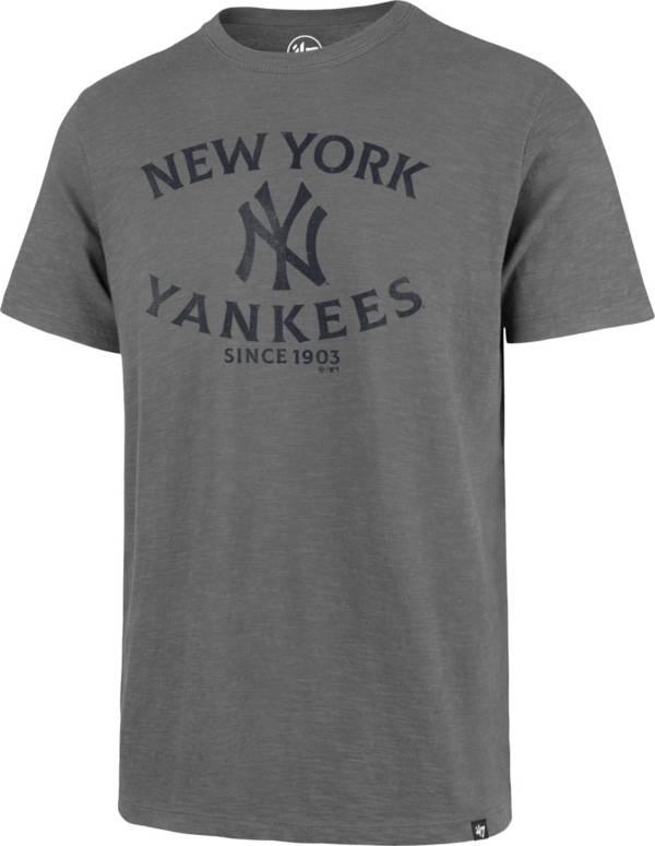 '47 Men's New York Yankees Grey Scrum T-Shirt product image