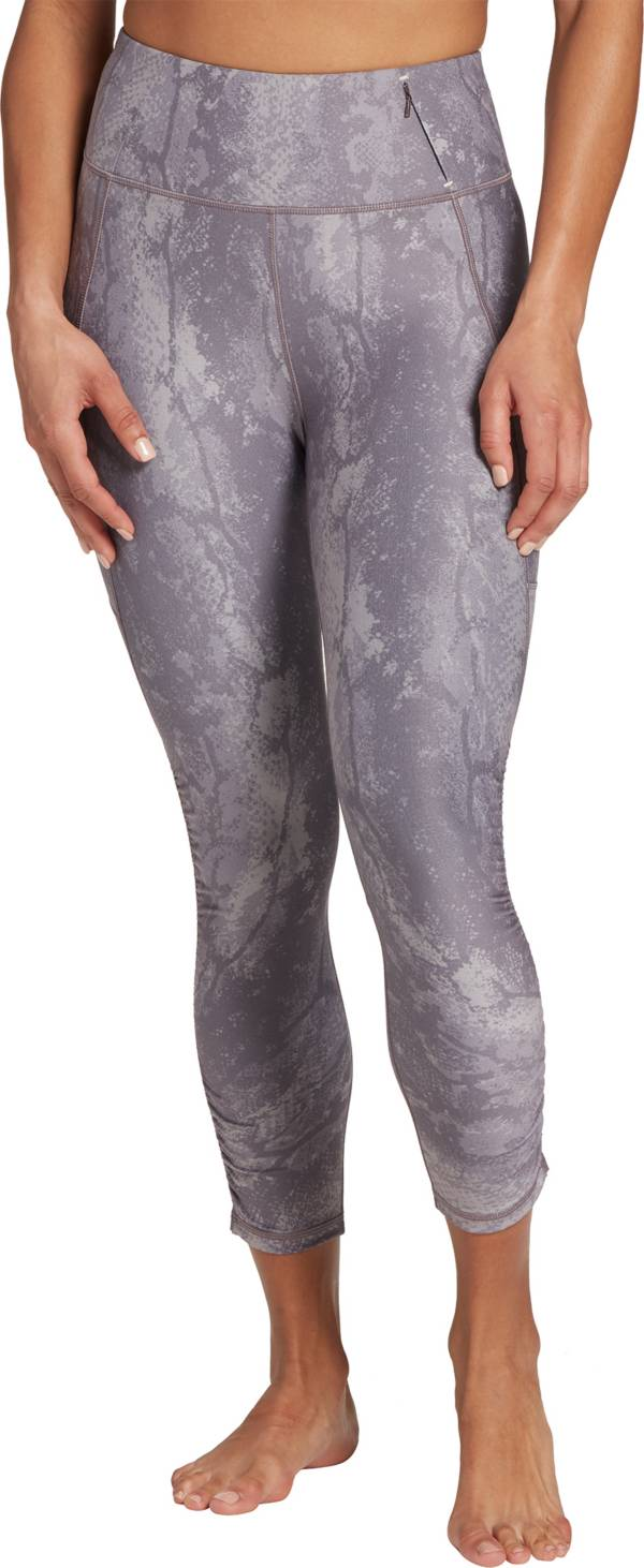 CALIA by Carrie Underwood Women's Essential Ruched Capris product image