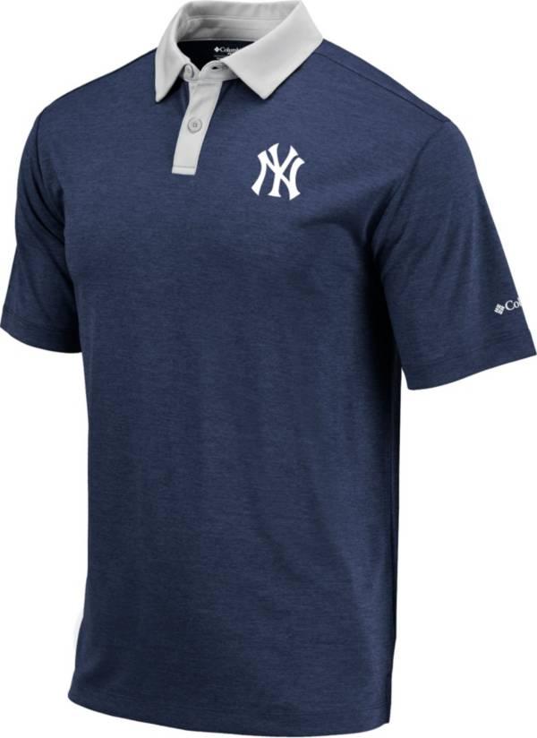 Columbia Men's New York Yankees Blue Omni-Wick Range Polo product image