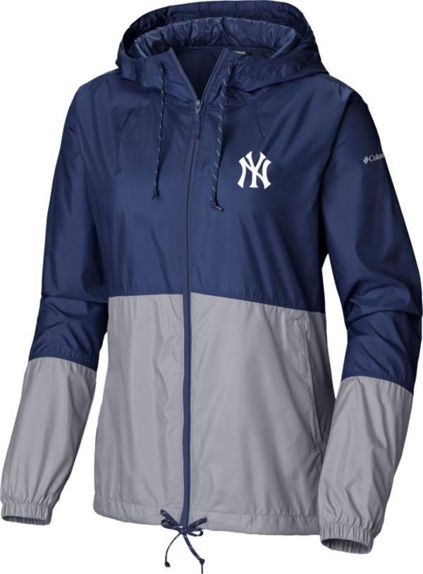 Columbia Women's New York Yankees Blue Flash Forward Windbreaker product image