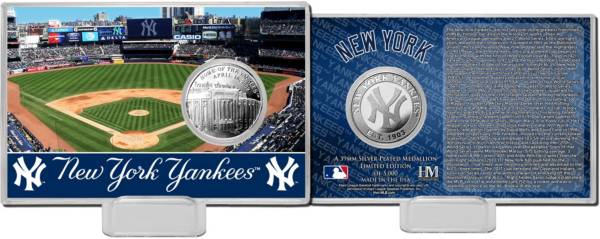 Highland Mint New York Yankees Silver Coin Card product image