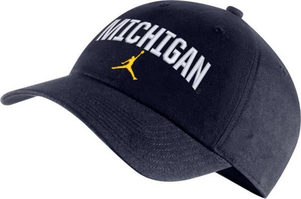 Jordan Men's Michigan Wolverines Blue Heritage86 Arch Wordmark Hat product image