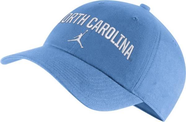 Jordan Men's North Carolina Tar Heels Carolina Blue Heritage86 Arch Wordmark Hat product image