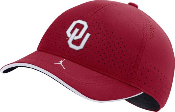 Jordan Men's Oklahoma Sooners Crimson AeroBill Classic99 Football Sideline Hat product image