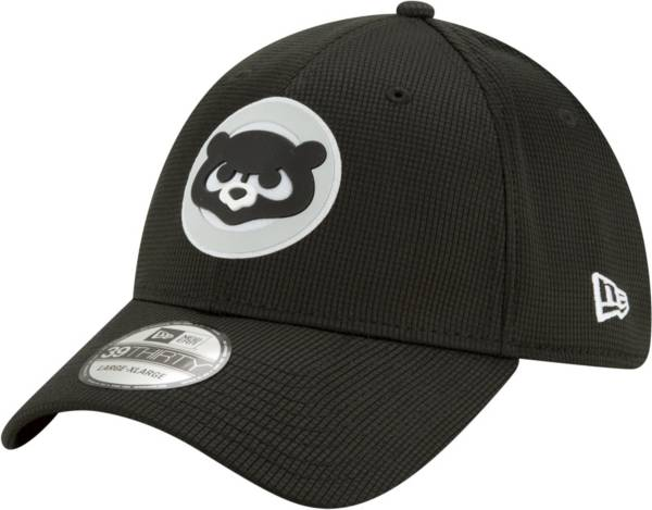 New Era Men's Chicago Cubs Black 39Thirty Clubhouse Stretch Fit Hat product image