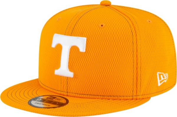 New Era Men's Tennessee Volunteers Tennessee Orange Sideline Road 9Fifty Adjustable Snapback Hat product image
