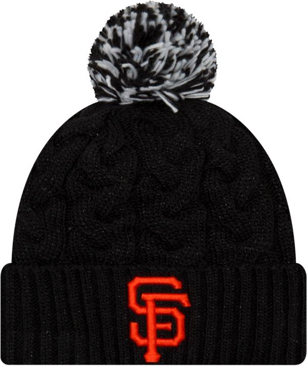 New Era Women's San Francisco Giants Cozy Cable Knit Hat product image