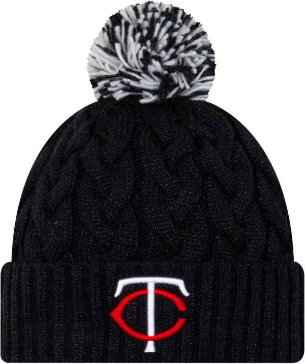 New Era Women's Minnesota Twins Cozy Cable Knit Hat product image