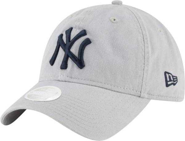 New Era Women's New York Yankees Gray Core Classic 9Twenty Adjustable Hat product image