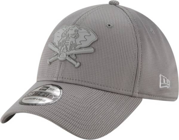 New Era Men's Oakland Athletics Gray 39Thirty Clubhouse Stretch Fit Hat product image