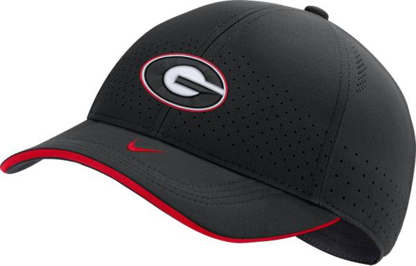 Nike Men's Georgia Bulldogs AeroBill Classic99 Football Sideline Black Hat product image