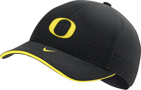 Nike Men's Oregon Ducks AeroBill Classic99 Football Sideline Black Hat product image