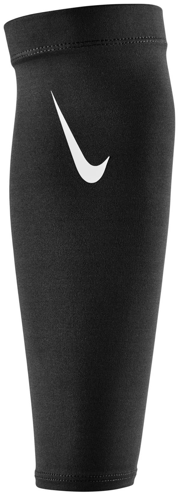 Nike Pro Adult Dri-FIT 4.0 Shivers product image
