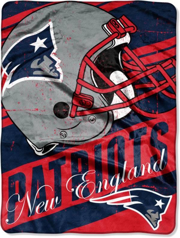 TheNorthwest New England Patriots 50'' x 60'' Slant Blanket product image