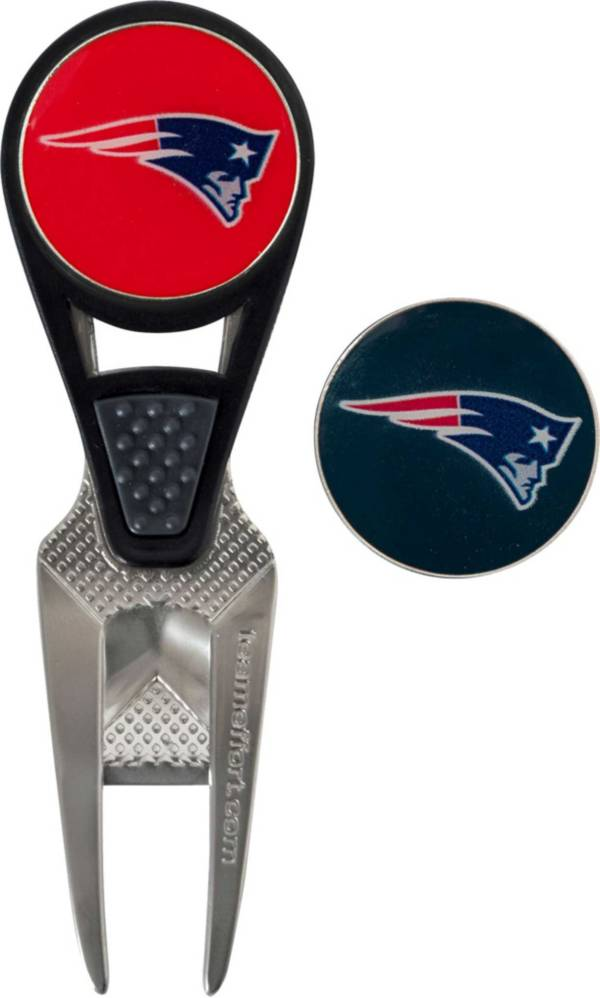 Team Golf New England Patriots Divot Tool and Marker Set product image
