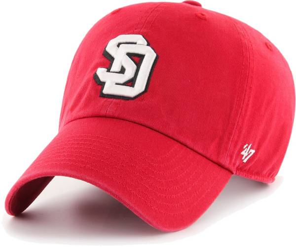 '47 Men's South Dakota Coyotes Red Clean Up Adjustable Hat product image
