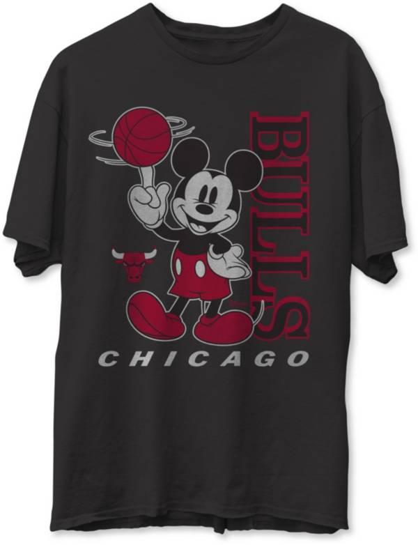 Junk Food Men's Chicago Bulls Disney Vintage Mickey Baller Black T-Shirt product image
