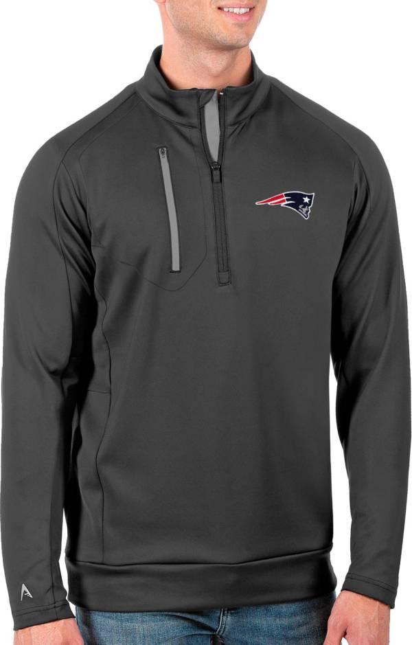 Antigua Men's New England Patriots Grey Generation Half-Zip Pullover product image