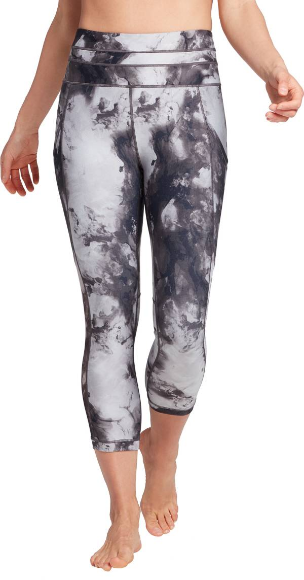 CALIA by Carrie Underwood Women's Essential Pocket Capris product image