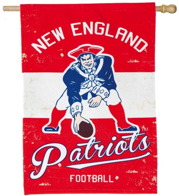 Evergreen New England Patriots Vintage House Flag product image