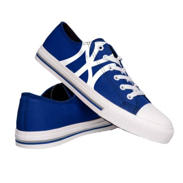 FOCO Men's New York Yankees Canvas Shoes product image