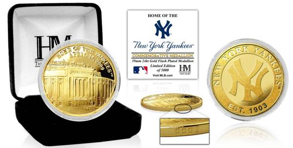Highland Mint New York Yankees Stadium Gold Coin product image