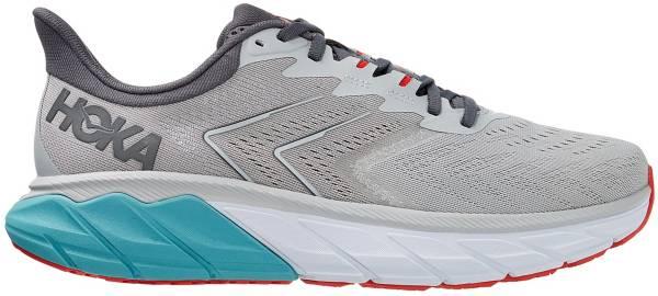 HOKA ONE ONE Men's Arahi 5 Running Shoes product image