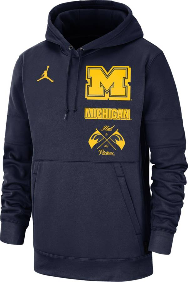 Jordan Men's Michigan Wolverines Blue Therma Local Pullover Hoodie product image
