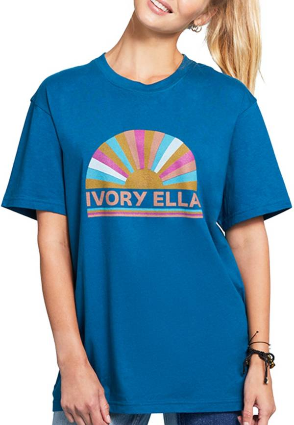 Ivory Ella Women's Fan Short Sleeve T-Shirt product image