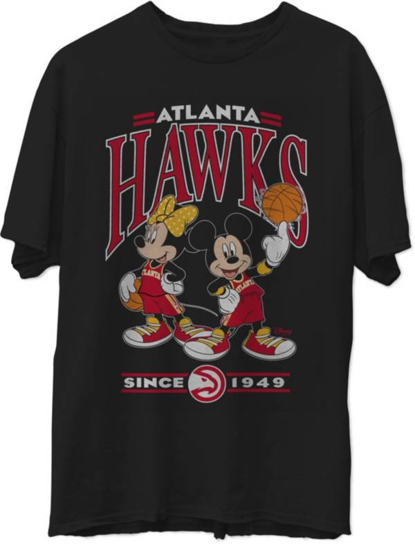 Junk Food Men's Atlanta Hawks Disney Vintage Minnie & Mickey Black T-Shirt product image