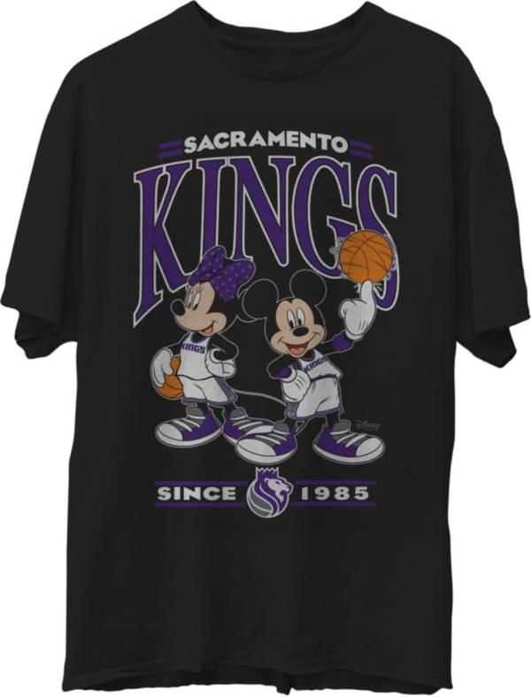 Junk Food Men's Sacramento Kings Disney Vintage Minnie & Mickey Black T-Shirt product image