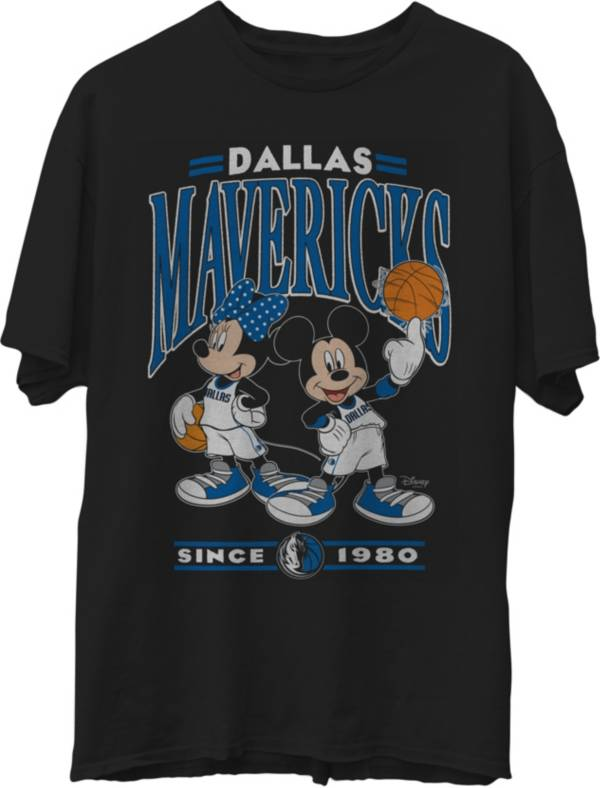 Junk Food Men's Dallas Mavericks Disney Vintage Minnie & Mickey Black T-Shirt product image