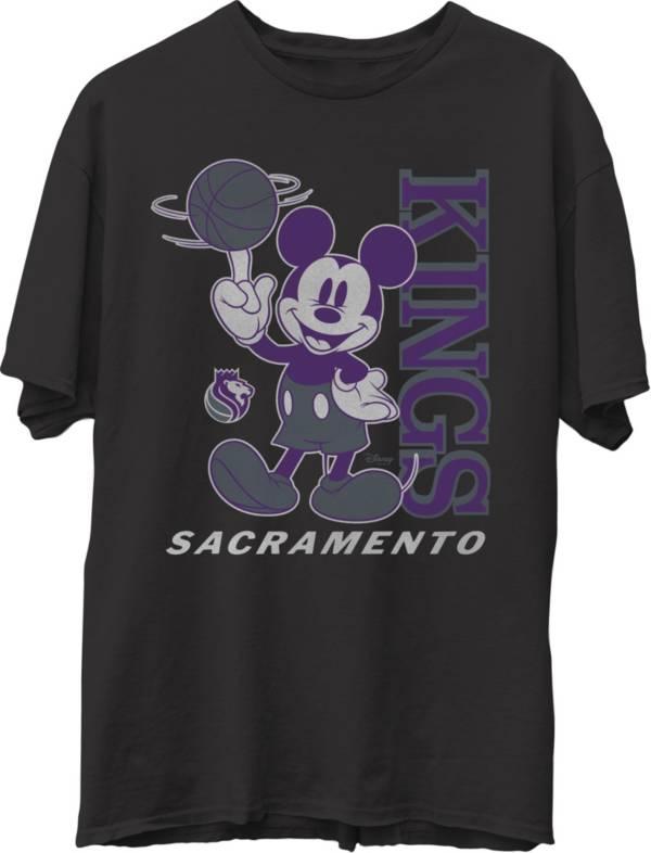 Junk Food Men's Sacramento Kings Disney Vintage Mickey Squad Black T-Shirt product image