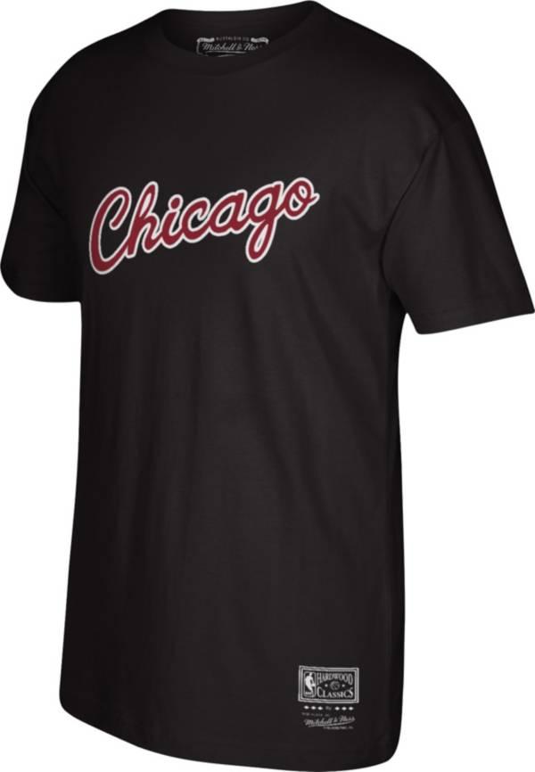 Mitchell & Ness Men's Chicago Bulls Black Hardwood Classics T-Shirt product image