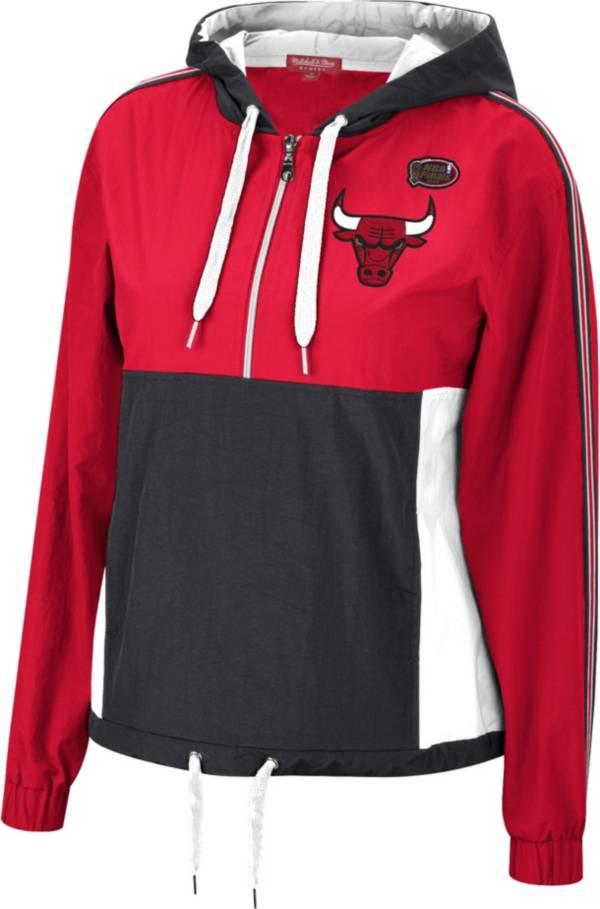 Mitchell & Ness Women's Chicago Bulls Red Windbreaker Half-Zip Pullover Jacket product image