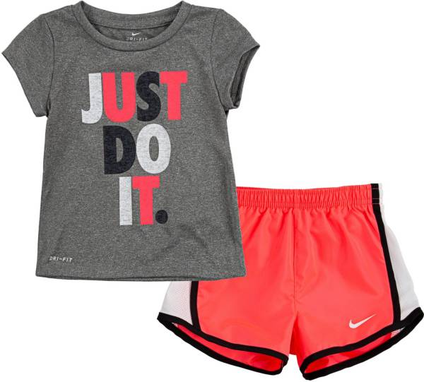 Nike Girls' Tempo T-Shirt and Shorts Set product image