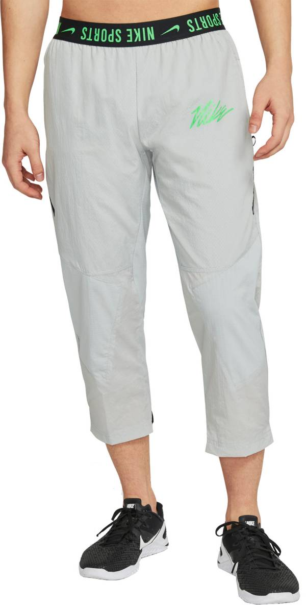 Nike Men's Sport Clash Woven Training Pants product image