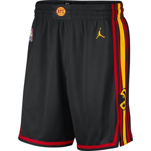 Jordan Men's Atlanta Hawks Dri-FIT Statement Swingman Black Shorts product image